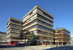 800px-Stadtbibliothek_Köln_Rückseite_(0031-33)